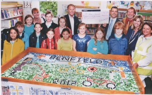Henfield Primary recieve funding donation for their community mosaicMosaic